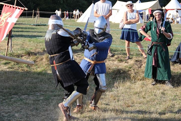 Les écorcheurs s`entraînent au combat